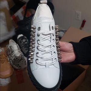 Authentic men NWT Giuseppe men's sneaker